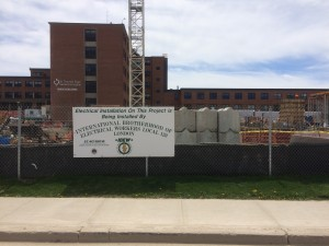 Picture of the St. Thomas general hospital under contruction